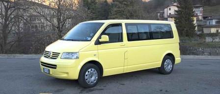 08-Volkswagen Caravelle