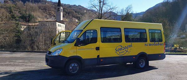 12-Scuolabus Iveco Daily
